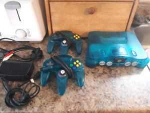 Ice Blue Nintendo 64 With 2 Matching Controllers!