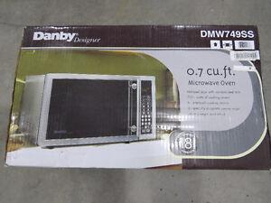 DANBY 0.7CU.FT