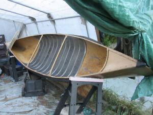 Canot 14' aluminium, moteur élect. et rame