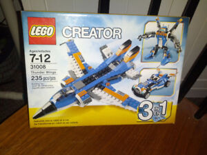 LEGO CREATOR 3 IN 1   THUNDER WINGS 31008