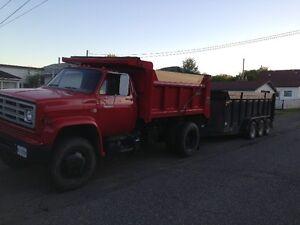 GMC 7000 Dump Truck 4X4