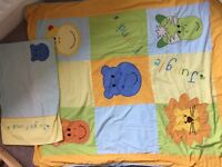 Baby/toddler cot quilt and pillow case
