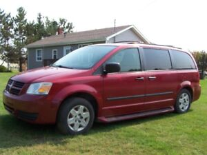 2008 Dodge Grand Caravan Minivan, Van