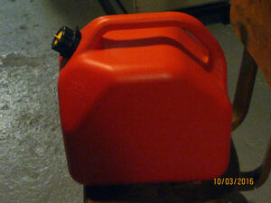 20L Fuel Gas Can Windsor Region Ontario image 2