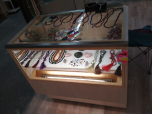 vitrine bijoux