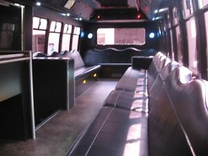 SHUTTLE SERVICE TO ALL EVENTS Windsor Region Ontario image 6