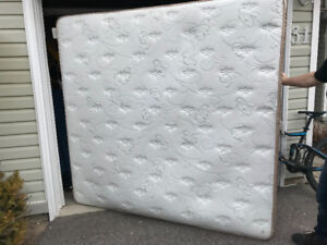 King size mattress and box springs