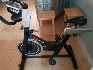 Xxterra 830 indoor bike.
