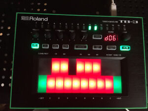 Roland AIRA TB-3 Touch Bass-Line Synthesizer