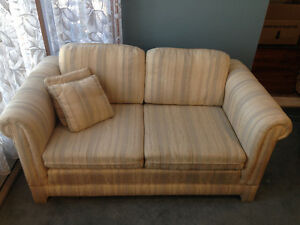 Love seat and sofa/couch