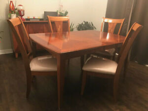 9-piece dining room set includes 6 chairs (solid wood)