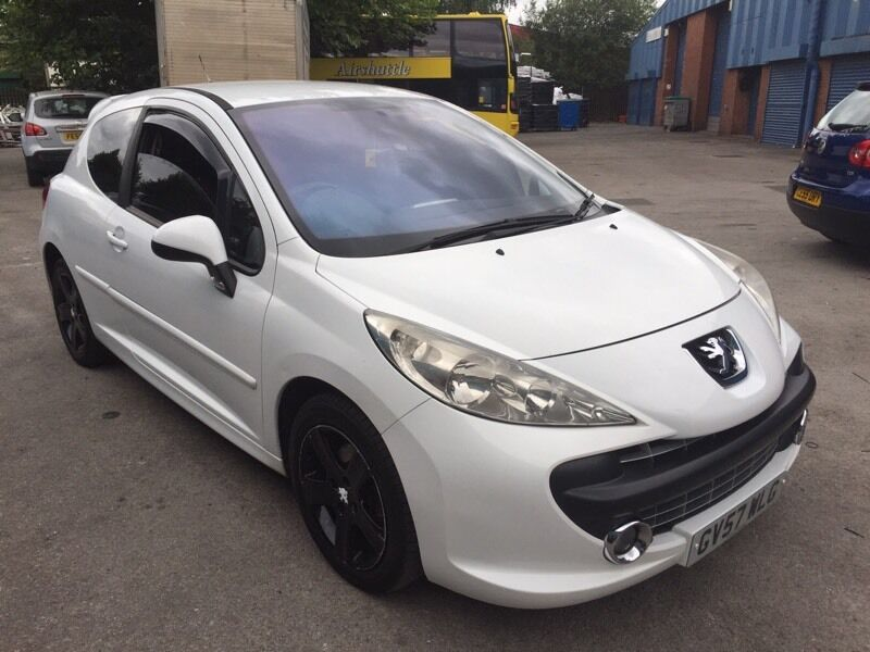 white peugeot 207 sport 1 6 hdi 3dr tidy car new cambelt waterpump service fsh hpi. Black Bedroom Furniture Sets. Home Design Ideas