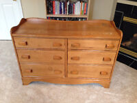 Quality constructed solid wood 6 drawer dresser