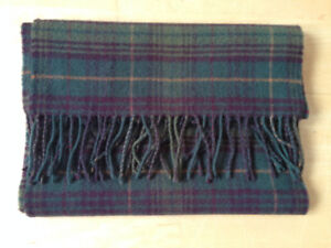 *Brand New* Johnstons Lambswool plaid scarf (Scotland)