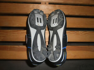 NEW CARNAC LOGIC SPORT CYCLING SHOES FOR SALE West Island Greater Montréal image 4