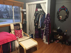 Western Students!! Amazing 5 bedroom house $575 Utilities Incl.