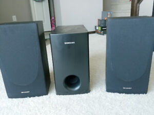 2 speakers and subwoofer