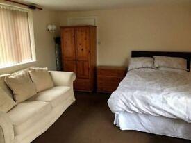 Studio Apartment Cookley Kidderminster - No Fees!