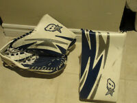 Brians youth 'S' series Right catch/left blocker goalie gloves