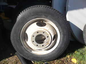 GM RIMS AND TIRES 800X16.5