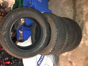 Like new!!! 235/55R17 Goodyear Nordic winter tires