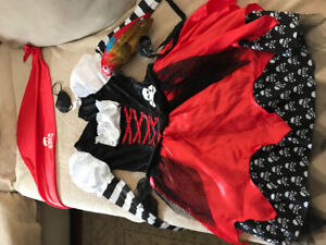 Girl pirate Halloween costume size large (12-14)