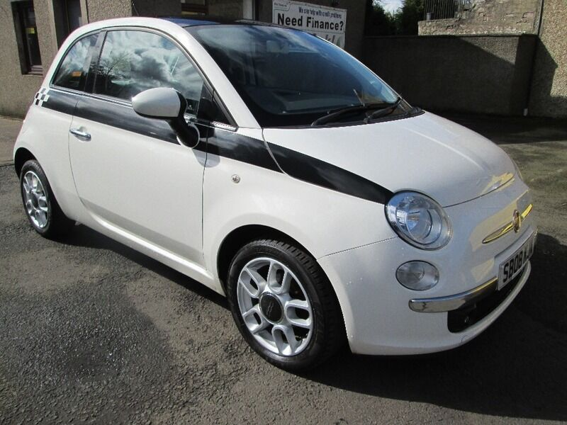 fiat 500 1 2i lounge white 2008 in dunfermline fife gumtree. Black Bedroom Furniture Sets. Home Design Ideas