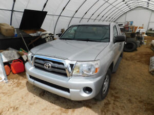 2002 Toyota Tacoma up for Auction