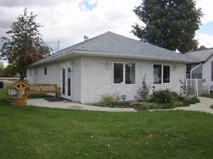 Affordable Ranch Style Home on Double Lot - Entwistle, AB