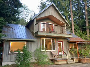 Mt. Baker Lodging - Cabin #70 - HOT TUB, BBQ, PETS OK, SLPS-8!