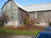 LARGE BARN FOR SALE  ( in Port Perry )