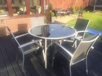 Outdoor table & 4 chairs