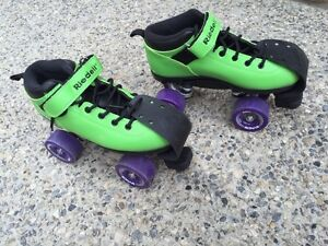 Ladies size 6 Roller Skates