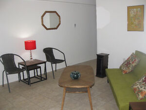 Student Room near St. Lawrence-furnished