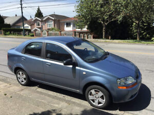 Pontiac Wave 2006 sedan for sale by first owner has less mileage