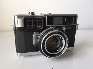 Vintage Fujica 35 EE 35mm Camera
