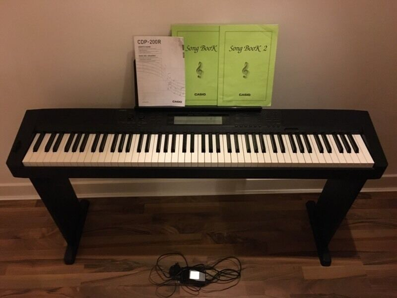 casio cdp 200r digital piano in glasgow green glasgow gumtree. Black Bedroom Furniture Sets. Home Design Ideas