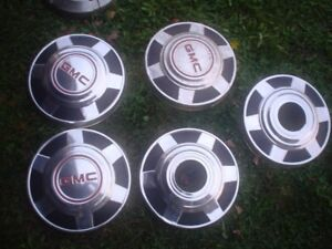 """GMC Hubcaps1980 3/4 ton 4x4  12""""   FORD 52-54 FENDERSKIRTS"""