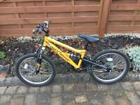 Apollo Stomp Boys Mountain Bike