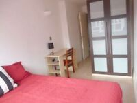 Hoxton NEW Double Room NOW!