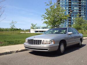 1997 Cadillac DeVille Luxueuse