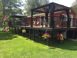 Cottage Rental With Hot Tub - 4 Bedroom