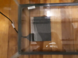Reptile Cage with light, heating pad & thermometer
