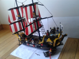 Lego 6285 Black Seas Barracuda Pirate Ship VintageComplete