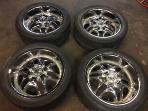 Set of 4 275 40 20 with 4 wheels and 8 spacers