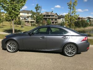 2015 Lexus IS250 - Luxury Package!