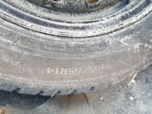 185/65/r14 winter tires like new