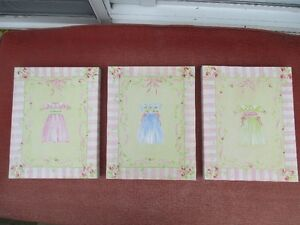 3 canvas pictures 11x14 Great for a little girls room Peterborough Peterborough Area image 1