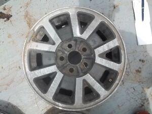 Mags de Toyota 14 po. à 5 nuts