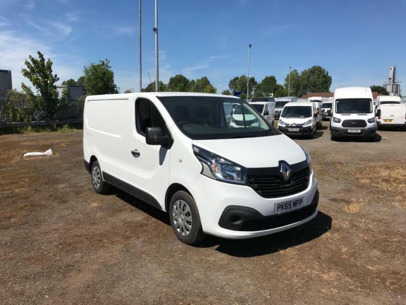428844c0734ed2 Renault Trafic Sl27dci 115 Business+ Van EURO 5 DIESEL MANUAL WHITE (2015)